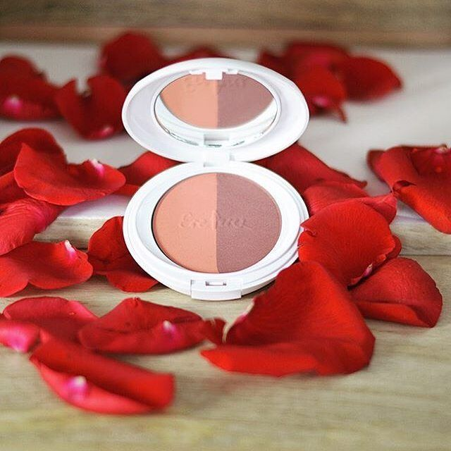 Add colour and life to your face with #ereperez rice powder blush.  Shop at:  http://ift.tt/2bQe7TE  #RoseTones #ErePerez #ereperezcosmetics #blush #crueltyfree #natural #organic #organicbeauty #naturalbeauty #nonasties #toxinfree #makeup #cleanmakeup #cosmetics #greencosmetics #gmofree #vegan #bbloggers #bbloggersau #avanaaustralia #pin : @ereperezcosmetics