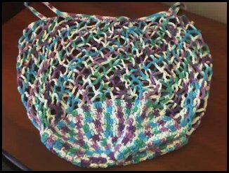 Plastic bag craft: Two crocheted tote bags - Canadian Living