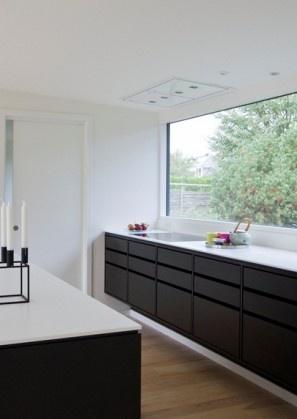 Danish kitchen designed by architects Lundgaard & Tranberg for Garde Hvalsøe.  #allgoodthings #danish #kitchen spotted by @missdesignsays