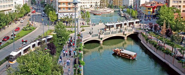 İç Anadolu'nun tarihi dokusunu, modernliğini ve sıcaklığını hissetmek istiyorsanız, Eskişehir ilanlarımıza göz atın. http://emjt.co/0LAvv #Turkey #Eskisehir