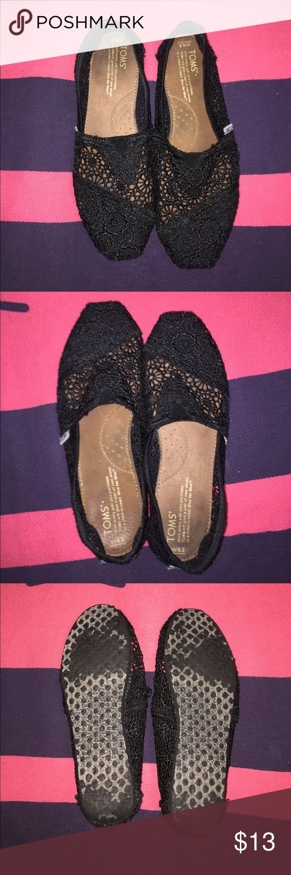 Black Lace Toms in good condition Toms Shoes Flats & Loafers