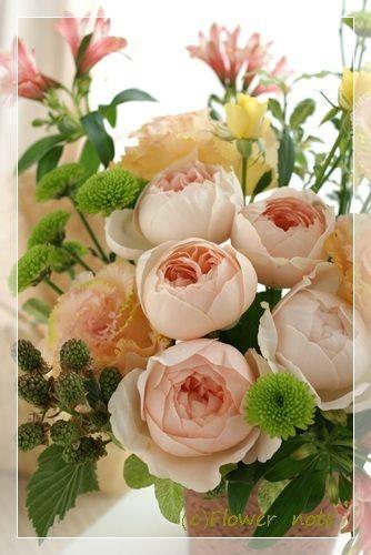 【今日の贈花】ご出産のお祝いに http://ameblo.jp/flower-note/entry-11571455281.html
