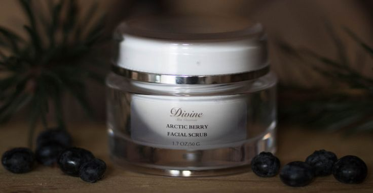 Arctic Berry Facial Scrub - Deep cleans and gently exfoliates the skin, treating the face with natural botanical products that improve the complexion. Our scrubs are rich in ultra-fine plants. | Divine Skin Creation's Product