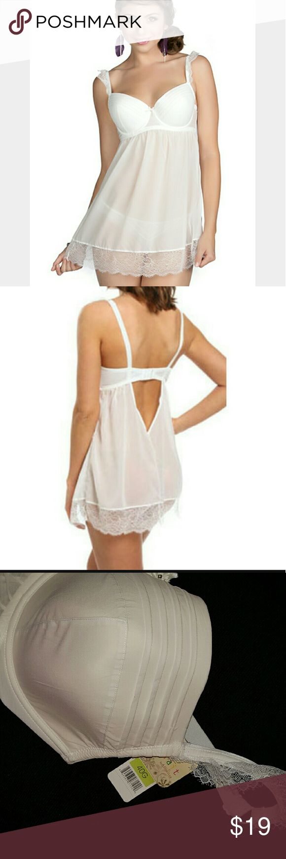 NWT UNDERWIRE BABYDOLL White 40 G New with Tags! Color White. Size 40G. This Parfait by Affinitas Intimates babydoll has molded cups, pintuck seam cups, a deep V- shape back and flutter lace. No panties included. Bridal lingerie Wedding  Valentine's Day Intimates & Sleepwear Chemises & Slips