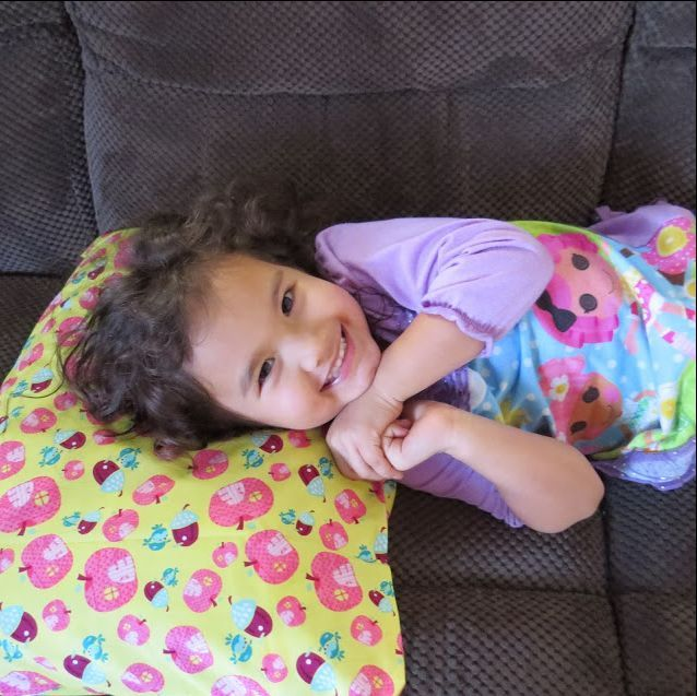 Headleveler Giveaway! Give your loved ones the best sleep ever with Headleveler #Review #Giveaway #GiftGuide  http://dealsandfree.blogspot.ca/…/give-your-loved-ones-best…