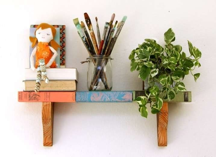 9 Smart Uses For Dusty Old Books Unique Wall Shelves Projects