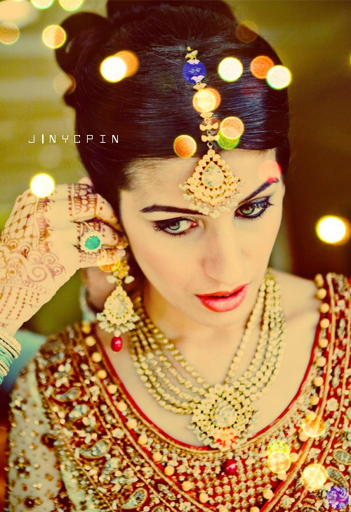 beautiful bride. #IndianWeddings | #Wedding | #Bride Ask us about our Houston bridal packages! http://bridal.amerejuve.com