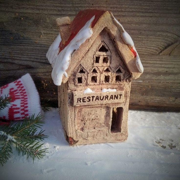 Restaurant. Ceramic house.
