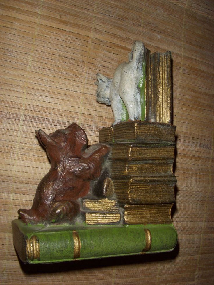 Vintage Cast Iron Painted Book Holder Bookend Dog Chases