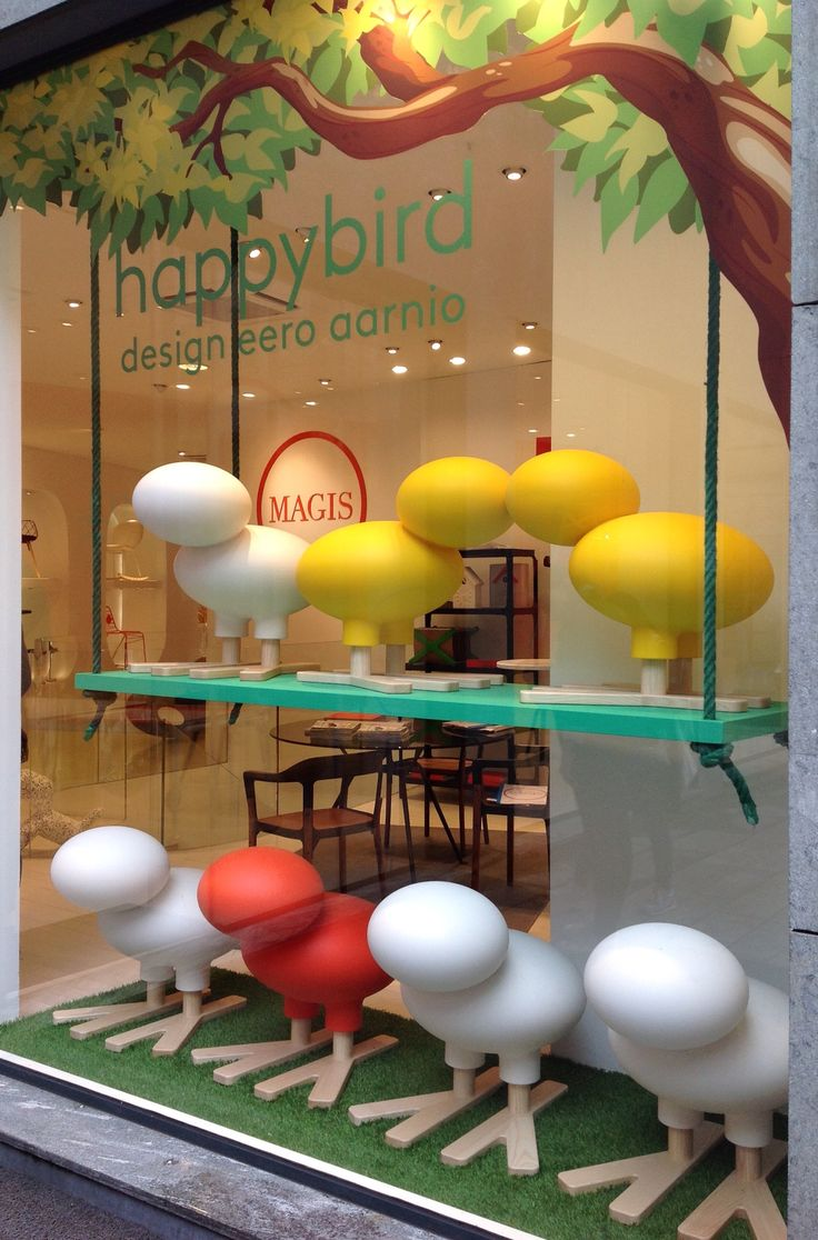 Designed le chien savant desk with chair for magis junior hipster -  Magis Flagshipstore Milano Happybird Mdw15 Fuorisalone2015 Milandesignweek