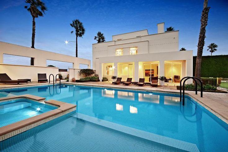 Superb Luxury Mansion in Melbourne, Australia