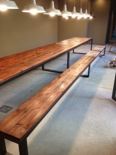 mesa estilo industrial fabricada a medida para coworking