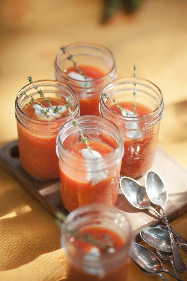 rustic tomato soup with oregano