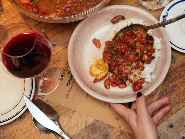 Linda Monastra explores the tradition of the meat-free Thanksgiving and hosts her first completely meatless meal.