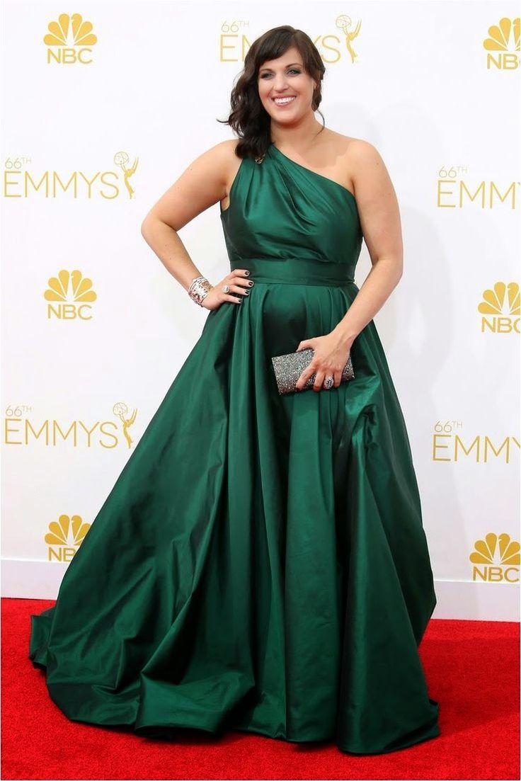 Balıketlim: Kırmızı halı kombini:Allison Tolman 2014 The Emmys...