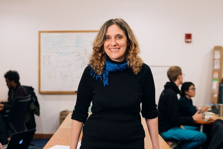 Putting data in the hands of doctors http://news.mit.edu/2017/putting-data-in-the-hands-of-doctors-regina-barzilay-0216