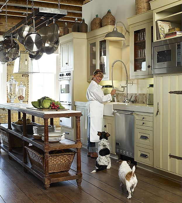 Pro chef style kitchen w/ 18th c. French drapers table as island; Healey Grisham