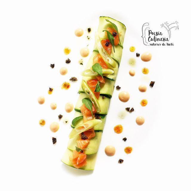 Paladares {Sabores de nati }: Timbales de zucchini con tofu, salmón y tres colores. Zucchini, calabacín, salmón, tofu, mermelada de chiles, habichuelas, piel de salmón, reto veo veo,