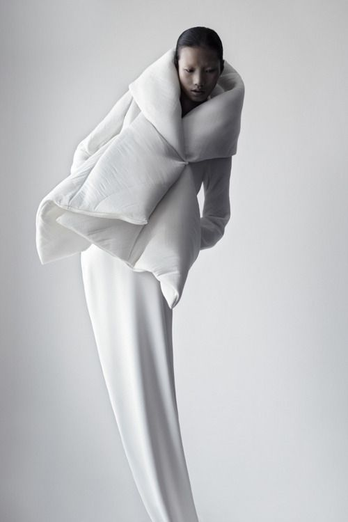 Qiu Hao F/W 2011 Serpens by Matthieu Belin