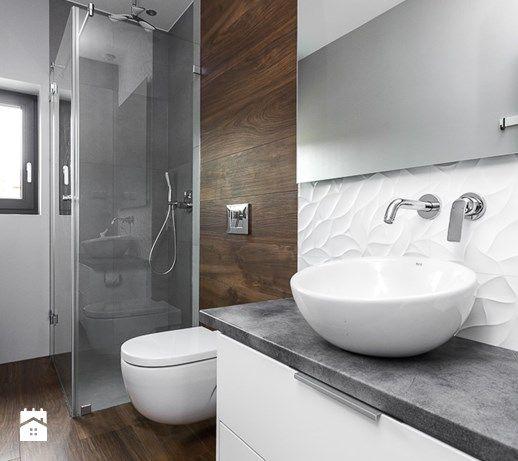 Aranżacje wnętrz - Łazienka: Dom w Bochni - Średnia łazienka w domu jednorodzinnym z oknem, styl nowoczesny - STABRAWA.PL - pozytywny design . Przeglądaj, dodawaj i zapisuj najlepsze zdjęcia, pomysły i inspiracje designerskie. W bazie mamy już prawie milion fotografii!