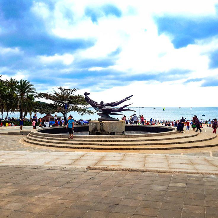 Dadonghai Bay, Hainan Island, China / Бухта Дадунхай, Остров Хайнань Китай