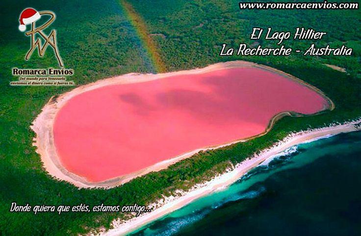 ElLago Hillier,es un lago situado en la isla Middle, la mayor isla delarchipiélago de La Recherche,Australia Occidental(Australia). El color rosado del lago es permanente y no cambia cuando se vierte el agua en un recipiente. La longitud del lago es de unos seiscientos metros aproximadamente. El lago está rodeado por un borde de arena y un bosque denso demelaleucayeucaliptoscon una estrecha franja de dunas de arena al norte, cubiertas por vegetación, que lo separa delOcéano…