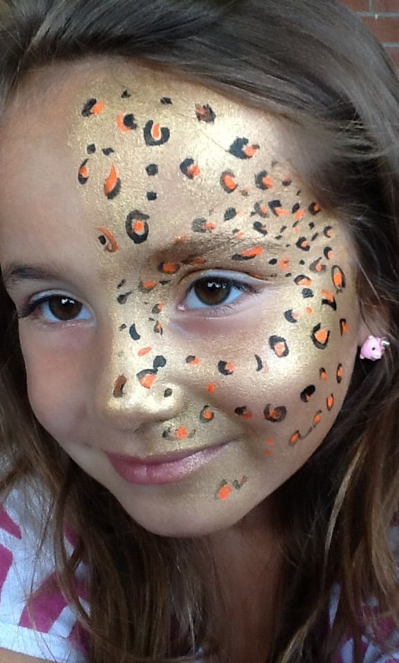 Face painting leopard