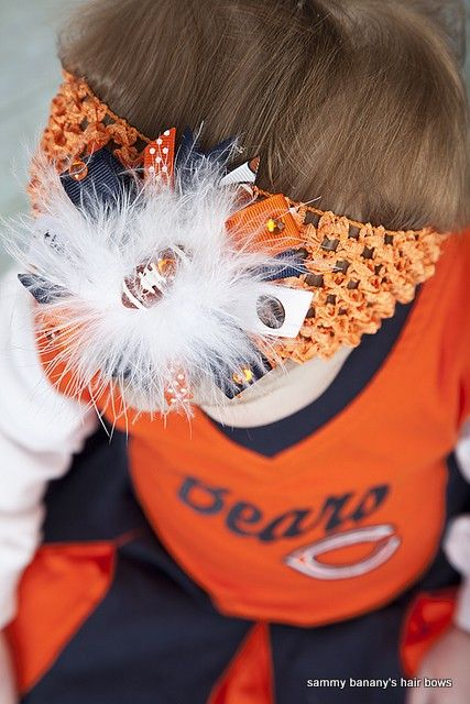 Get ready for Football season.  I make any team colors.  I have hundreds of ribbon colors.  Football Hair Bows Chicago Bears  Any team colors by iguania03, $7.99  Are you a fan on FB?  www.facebook.com/sammybananyshairbows