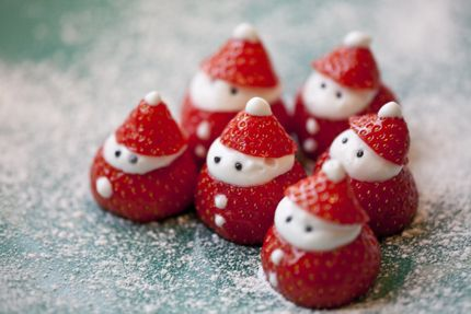 Strawberry Santa recipe - pretty cute.