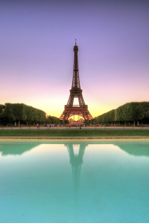 "Paris, France • ""3 Colours"" by Vince Chong on http://500px.com/photo/10269267"