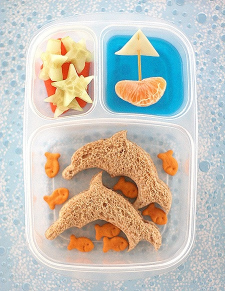 Ocean inspired lunch: Fun Lunches, Ocean Theme, Kids Lunches, Schools Lunches, Dolphins, Lunches Boxes, Cute Lunches, Bento, Lunches Ideas
