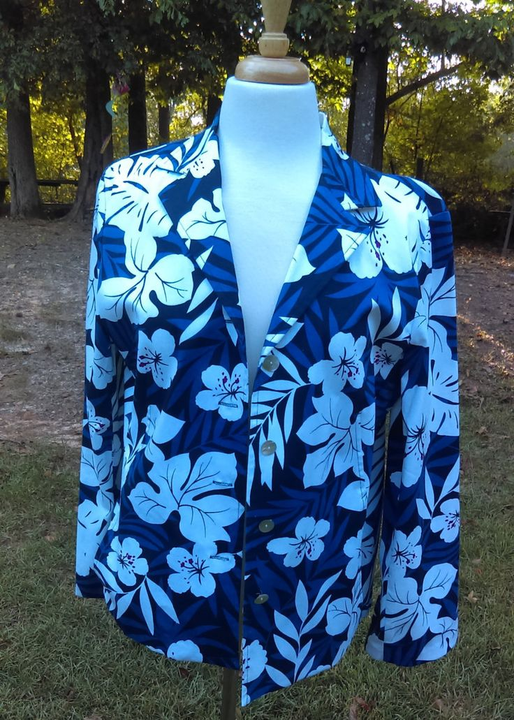 Vintage Navy Blue Floral Blazer By Requirements 90's Blazer Size 14 by GenesisVintageShop on Etsy
