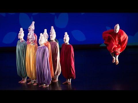 IMAGO SUITE/4 SEASONS (UA) - Oldenburgisches Staatstheater  Alwin Nikolais/Antoine Jully mit Musiken von A. Nikolais M. Reger P. Vasks E. Whitacre und P. Hindemith Premiere am 01.10.2016 http://ift.tt/2e2jwch I found out that art is motion not emotion. (Alwin Nikolais) Alwin Nikolais (1910 - 1993) ist der Vater des modernen abstrakten Balletts. Wie eine Chimäre steht Nikolais exemplarisch für ein Kunstschaffen das sich bis heute immer stärker zwischen einzelnen Gattungen bewegt und die…