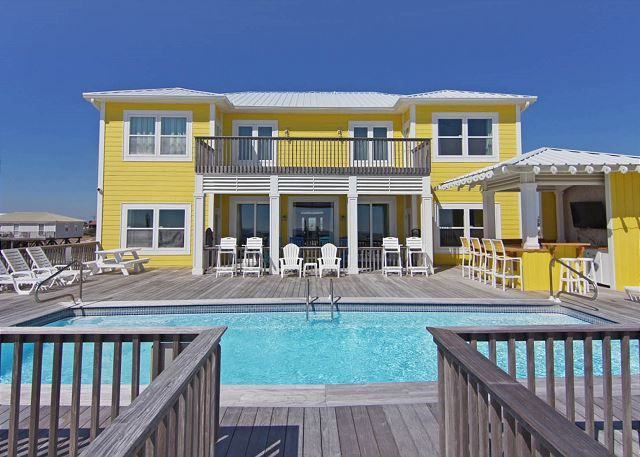 97 best vacation rentals images on pinterest vacation rentals private pool and pools for Vacation rentals with private swimming pool