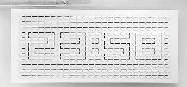 A empresa Humans since 1982 cria projetos lindos de design, em sua maioria com relógios analógicos, fazendo mágica com nossos olhos e mentes!!!