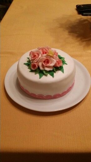 Torte di rose rosa e pizzo by Myele
