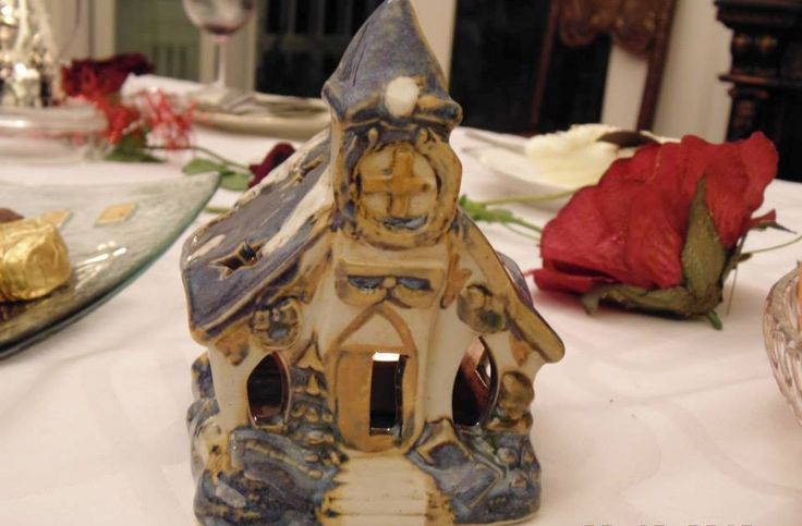 candle winter house