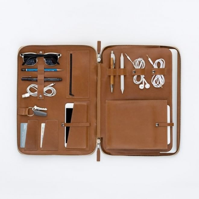 Be organized during your #travel  #storage #object #tech #design