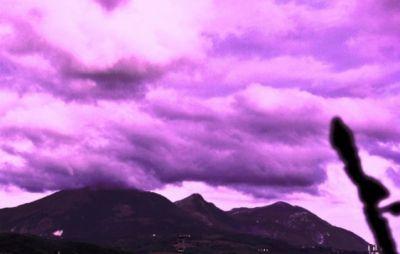 Buongiorno lilla e arancio con accenni di voluttuoso rosa - Poesia di Mina Cappussi (Impressioni)