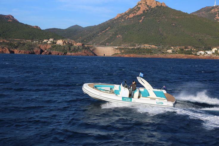 Zodiac Pneumatique Bateau Yacht Semi-rigide Ocean W9i navigation Mer