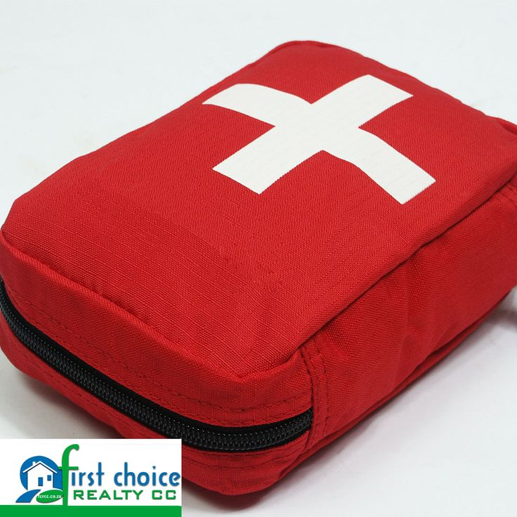 A first aid kit can be used for treating a grazed knee, or mean the difference between life and death. It´s fundamentally important that your household, workplace and car have a first aid kit on hand. #Safety #tips #firstaid
