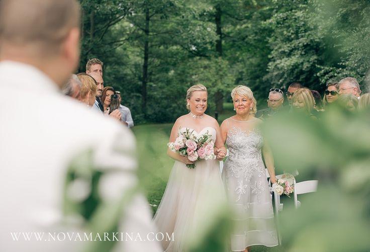 Walking Down the Aisle || Outdoor Wedding Ceremony Photography Inspiration || NovaMarkina Photography || See more of this Langdon Hall Wedding here: http://www.novamarkina.com/blog/langdon-hall-wedding-photography-sara-chris