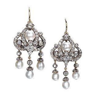 Georgian pearl and diamond earrings, c. 1800.