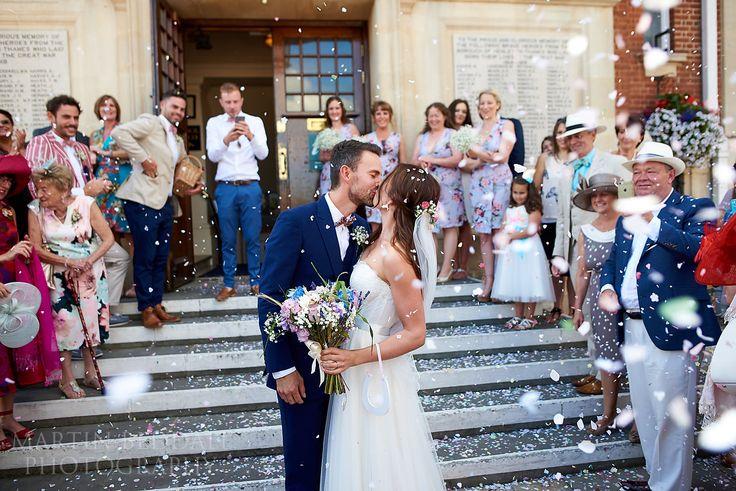 Henley town hall wedding confetti