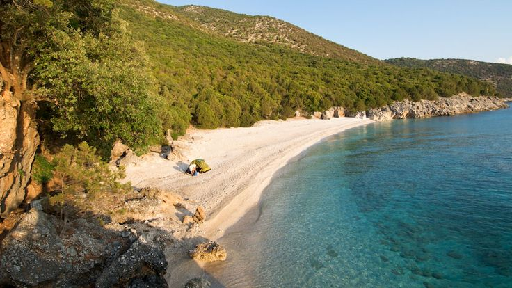 Thos private beach is one of the best wedding locations in Kefalonia island. Perfect for a beach wedding in Kefalonia.