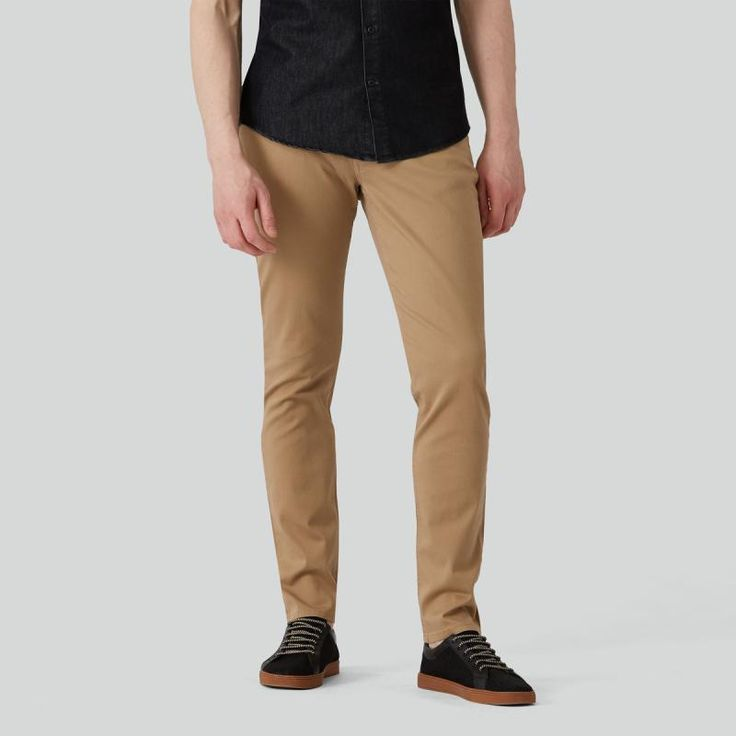 Your favorite slim fit pant is back. With a slight ease at the thigh and slim leg opening, the Lincoln pant offers a sleek modern outlook without being too narrow-a perfect balance between our Newport Chinos and our more narrow fits. With its 5-pocket sty