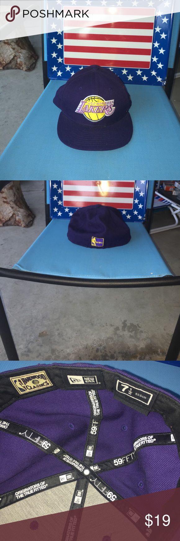NWOT NEW ERA Hardwood Classics Lakers Hat Purple and Gold Lakers hat, NEW ERa flex fit size 71/2 New Era Accessories Hats