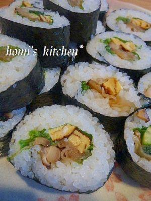 楽天が運営する楽天レシピ。ユーザーさんが投稿した「巻き寿司★定番な太巻き」のレシピページです。定番の太巻きです!。厚焼き玉子,かんぴょう,椎茸の煮物,きゅうり,ほうれん草,大葉,すし飯,すし海苔