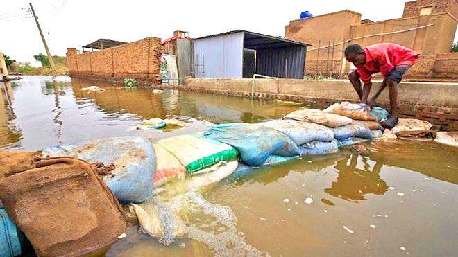 بعد وفاة 99 سودانيا الخرطوم تعلن حالة الطوارئ لمدة 3 أشهر أعلن مجلس السودان الكوارث الطبيعة اضرار السيول فيضانات Www Alay In 2020 Outdoor Decor Outdoor Hot Tub