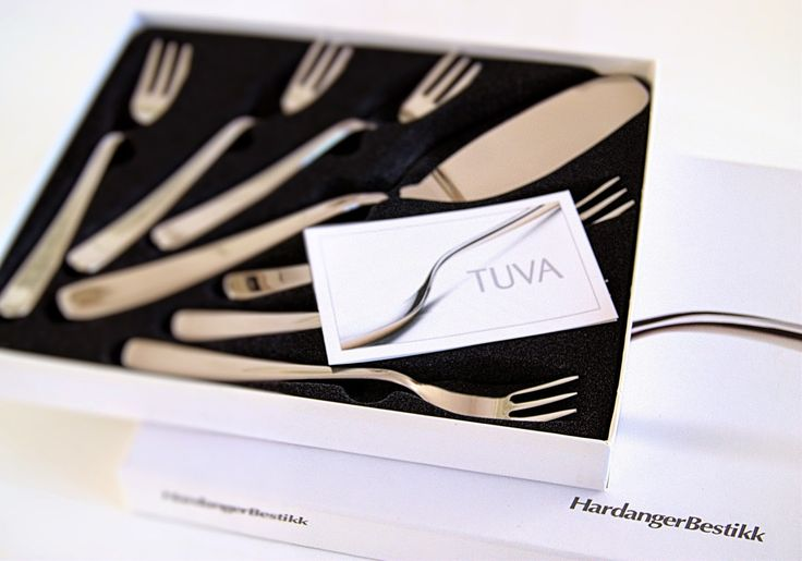 from Hardanger Bestikk - Tuva cake set